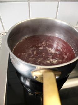 Rhabarber Erdbeere Vanille Éclair / Ruibarbo Morango Baunilha Éclair